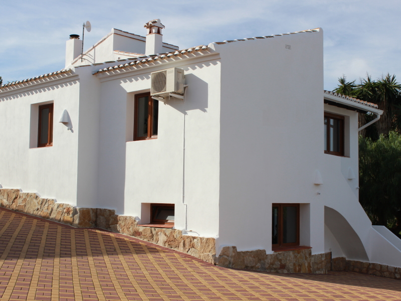 Superb large villa in Javea Lluca