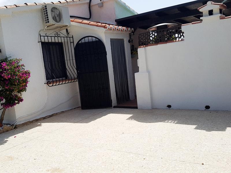 Villa 3 beds, south facing for sale in Javea Costa Nova