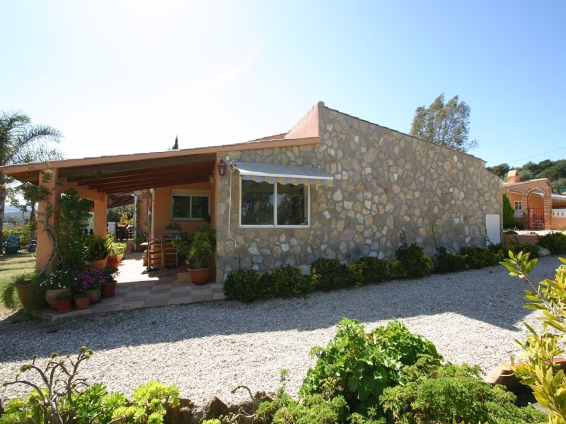 A unique local style property in an area of outstanding natural beauty close to Jesús Pobre